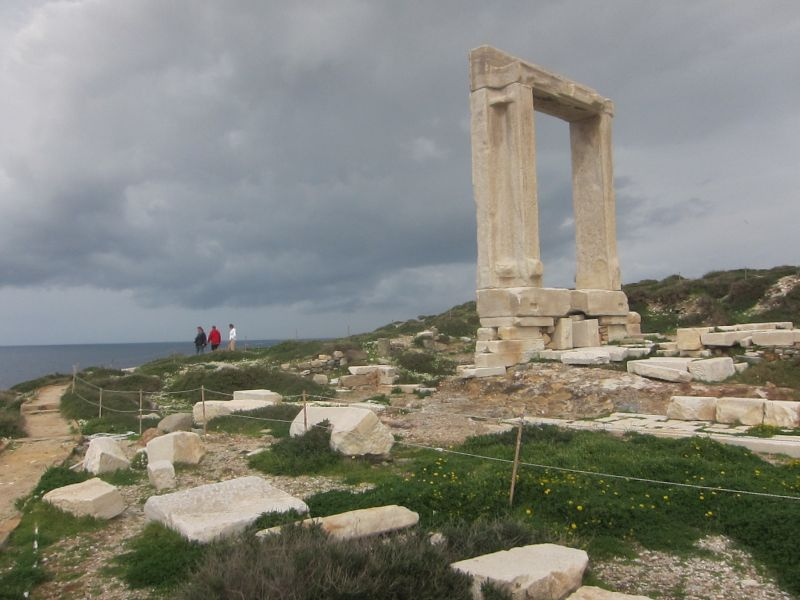 Apollo's Gate at the entrance to Naxos port