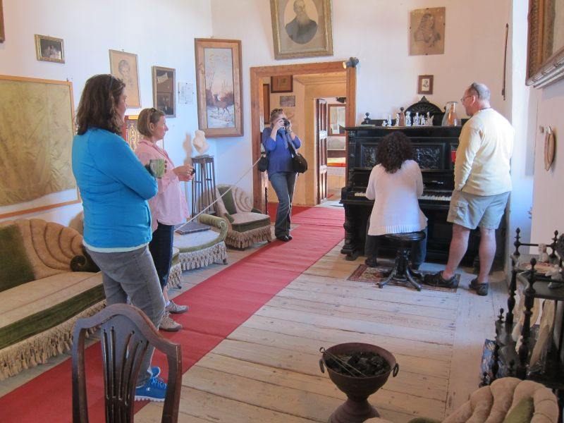 Singing in the Castle grand room